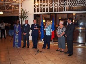 De gauche à droite - Fifi Niane, compagne de l'Ambassadeur, Eric Favier, Premier Conseiller, l'Ambassadeur, moi-même et les conseillers consulaires Michèle Salomon Syllabe et Frédéric Bouzigues