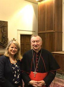 avec-le-cardinal-pietro-parolin-secretaire-detat-au-vatican-en-charge-des-relations-diplomatiques-pour-le-saint-siege